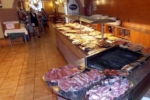 Astonishing Restaurante El Puma Discobus Barcelona Tu Discoteca Interior Design Ideas Gresisoteloinfo